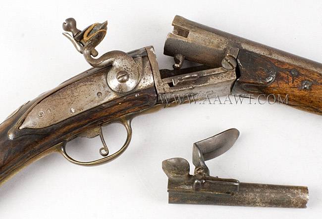 Flintlock Fowling Gun, Breech Loading, Chamber, Pan & Frizzen Removeable for Loading Extremely Rare Break Action, Fowling Gun, Reloadable Steel Chamber Amsterdam, 18th Century, breech view