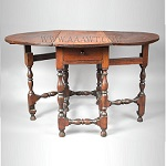 Antique Gateleg Table, William and Mary, Robust Turnings, Good Color; Massachusetts, Circa 1730;  Walnut
