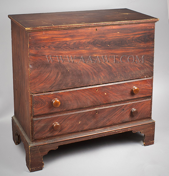 Antique Paint Decorated Blanket Chest, Original Surface History, Faux Graining New England, Likely New Hampshire, Circa 1800 Eastern White Pine, angle view