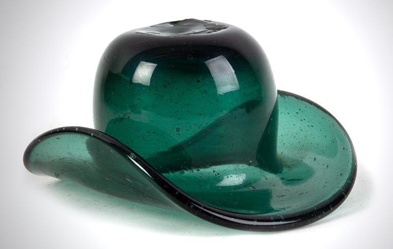 Antique, Emerald Green Blown Glass Hat Whimsey Congressville Glass Works, Saratoga, New York, circa 1850, entire view