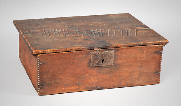 A Period American William & Mary Tabletop Box, Original Surface, Bible, Writing New England, Early 18th Century, entire view 1