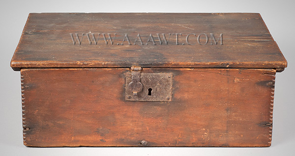 A Period American William & Mary Tabletop Box, Original Surface, Bible, Writing New England, Early 18th Century, entire view 2