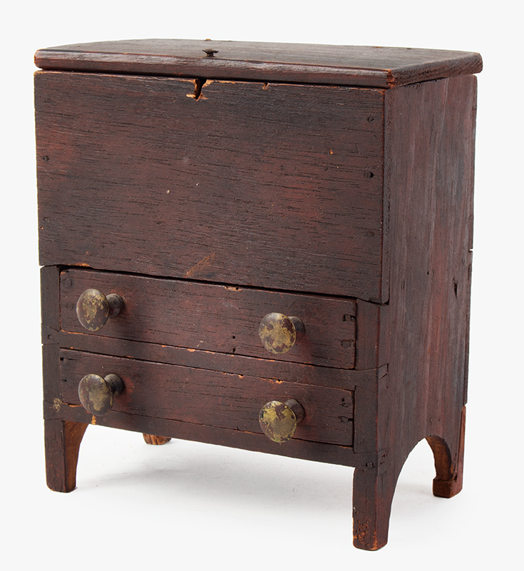 Miniature Mule Chest, Blanket Chest, Original & Dry Red New England, Early 19th Century, entire view 2