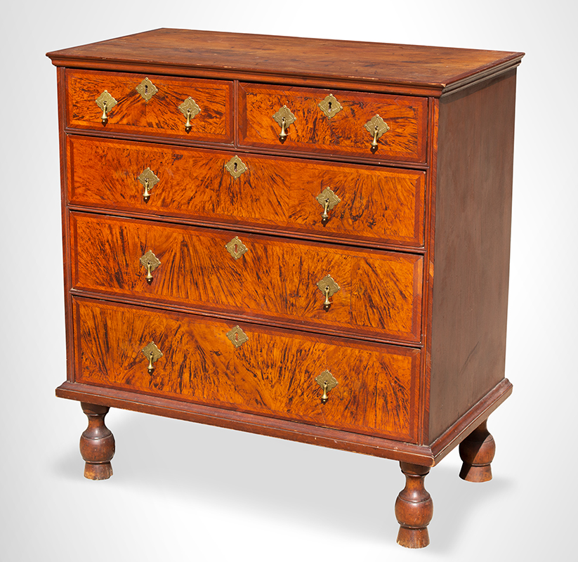 A Period William and Mary Chest of Drawers Boston or Salem, Massachusetts, circa 1700-1725, entire view 2