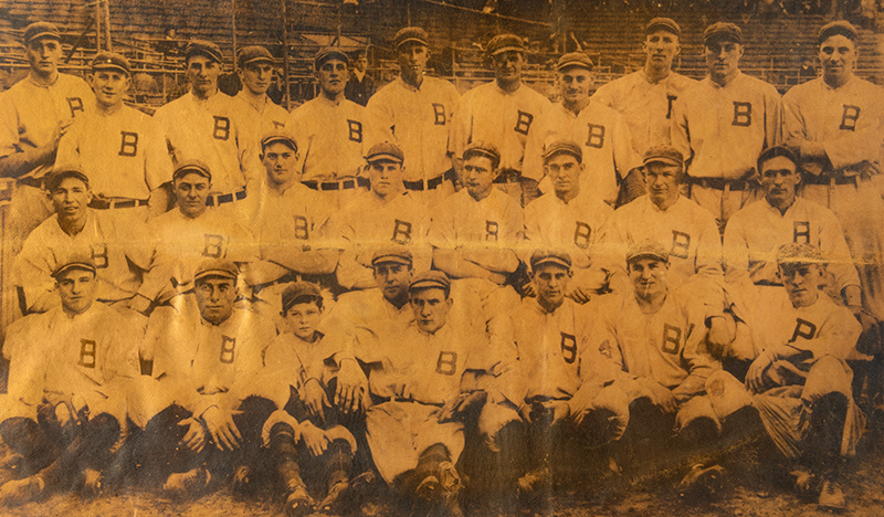 Baseball, 1914 Boston Braves World Champion Leather Pillowtop with Sharp Image Exceptional Underwood & Underwood Silver-Gelatin Photograph, detail view