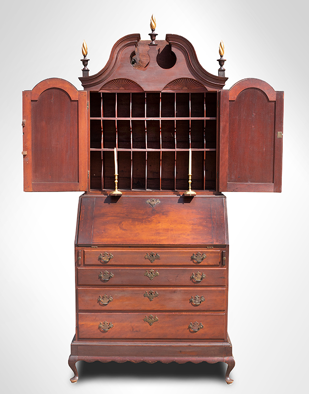 Period Queen Anne Cherrywood Bonnet-Top Secretary Connecticut, circa 1775, entire view 4