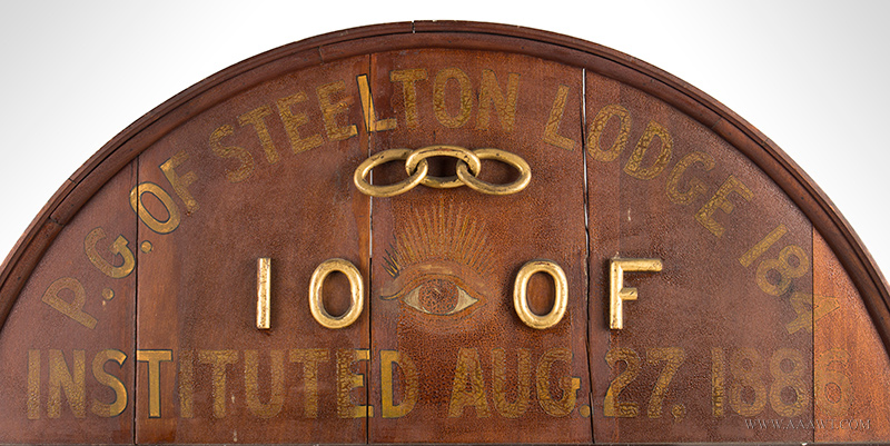 Antique Odd Fellows Lodge Sign, Painted and Gilt, 19th Century, top detail
