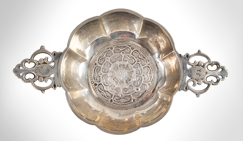 Silver Youth Bowl, Two Handled Ecuelle, Lobed, Pierced Handles, Tudor Rose Interior Marked and Retailed by J. Parkes & Co., London, circa 1931-1932, entire view