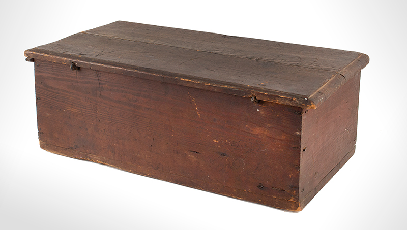 Period Tabletop Valuables Box, Bible Box, Original Red Painted Surface New England, Early 18th Century Hard yellow pine, rich old patina, entire view 3