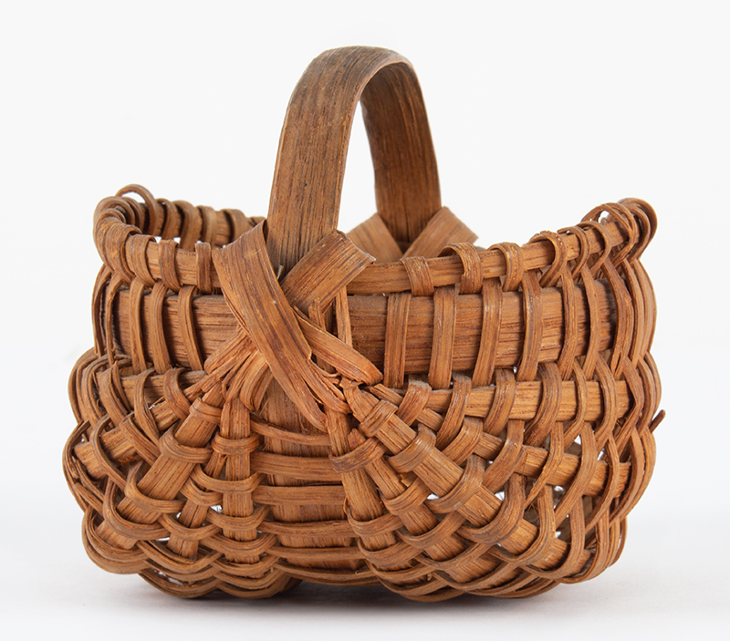 Antique Mellon-Form Ribbed Splint Wood Basket, Small Size America, 19th Century, Possibly Pennsylvania  Ash Splint, entire view 1