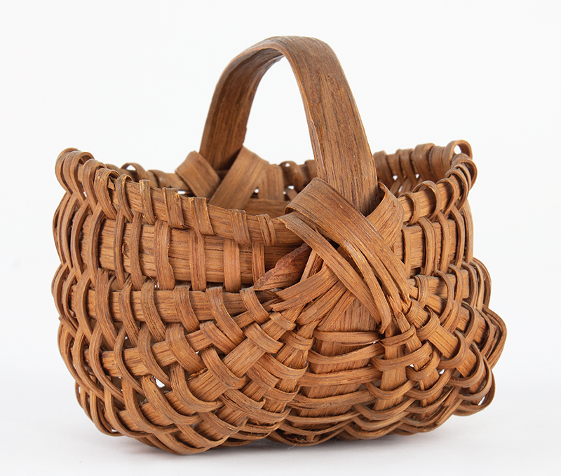 Antique Mellon-Form Ribbed Splint Wood Basket, Small Size America, 19th Century, Possibly Pennsylvania  Ash Splint, entire view 2
