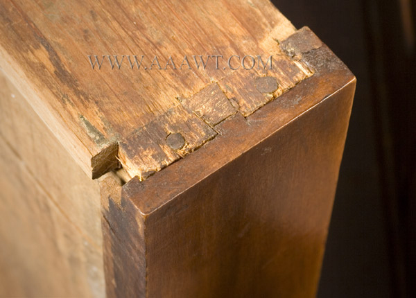 Gate Leg Table, William and Mary, Demilune, New England, detail view 2