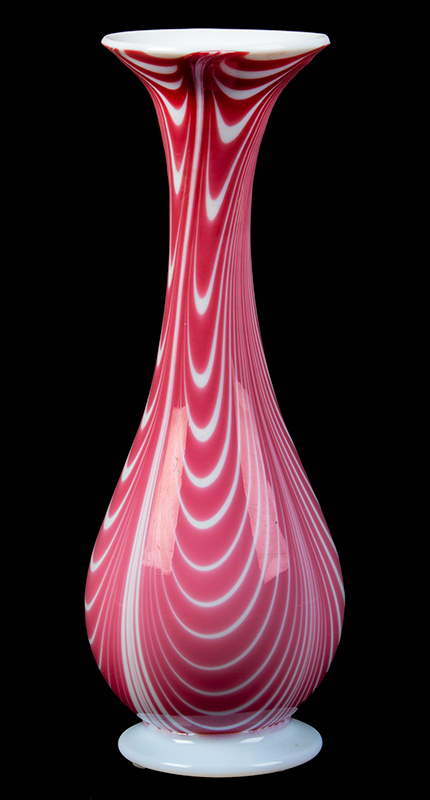Small Milk Glass Marbrie Vase, Pulled Red Looping, entire view