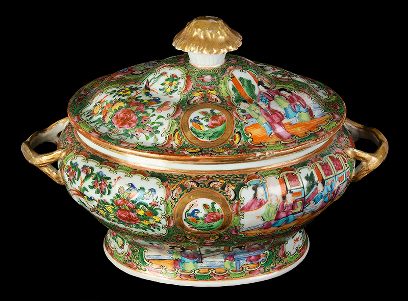 Chinese Export Rose Medallion Tureen & Cover, Mandarin Scenes, entire view 2