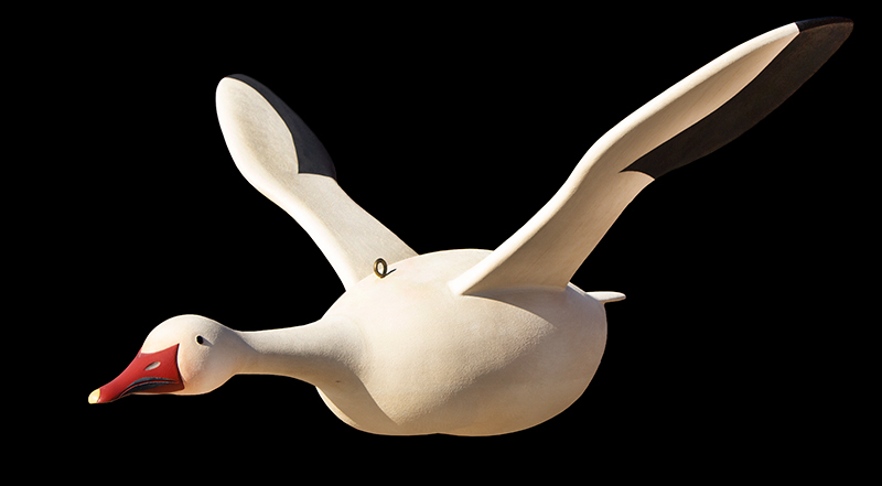 Folk Art, Carved and Painted Snow Goose by Gary Avadanian Reading, Massachusetts, entire view 4