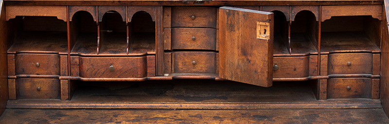 Queen Anne Slant Lid Desk, Fine Fitted Blocked and Shell Carved Interior Rhode Island, detail view 2