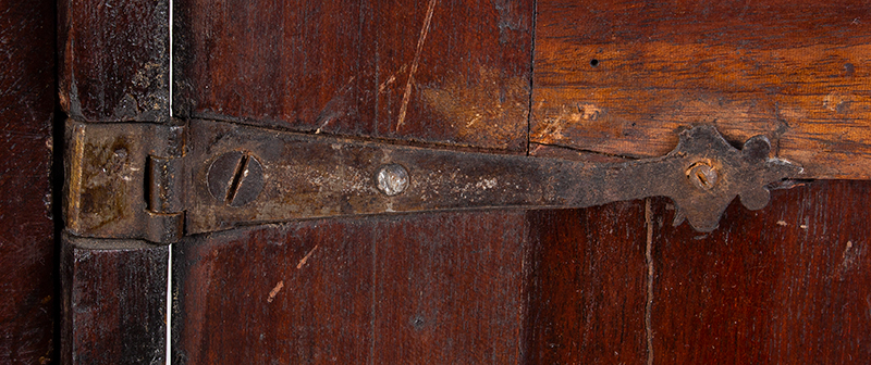 18th Century Spice Cabinet, Cupboard on Ball Feet, Walnut, England, detail view