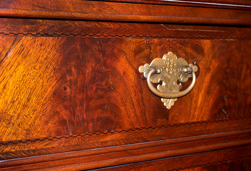 Queen Anne Highboy, Molded Cornice with Drawer, Diminutive Massachusetts, Boston, detail view 2