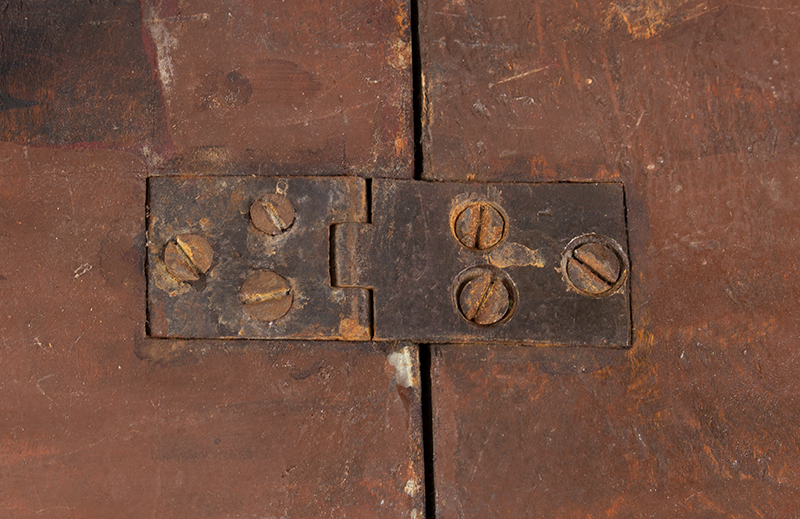 Queen Anne Drop Leaf Table, Rhode Island, or Southeastern Massachusetts Rare Small Size, detail view 1