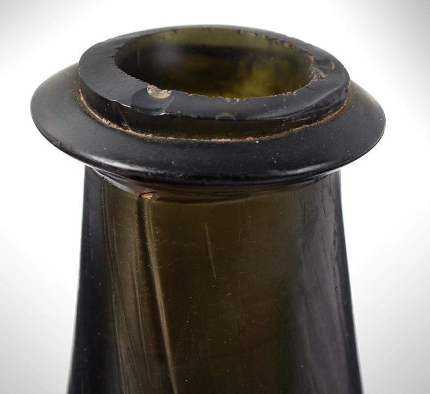 Wine Bottle, Mallet, Cockerel Seal, English, spout detail