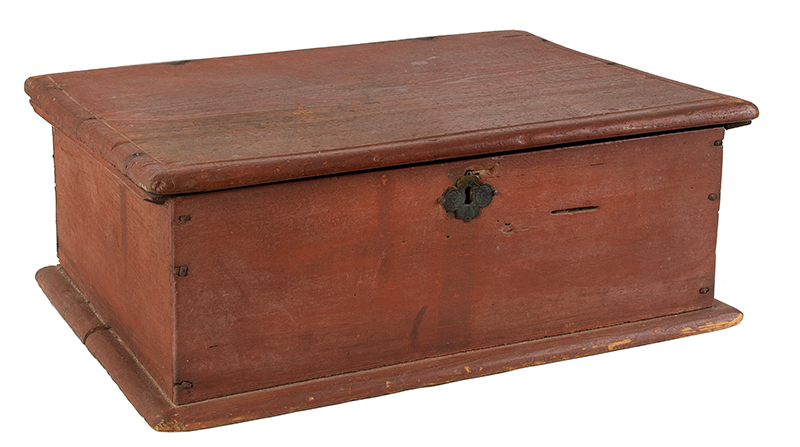 Early Eighteenth Century Bible Box, New England, Likely Massachusetts, entire view 1