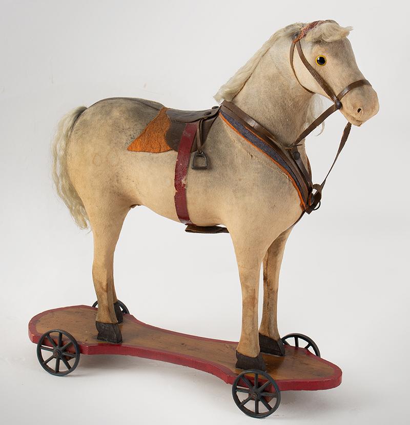 Horse Pull Toy on Red Wooden Platform, Original Wheels, German, entire view