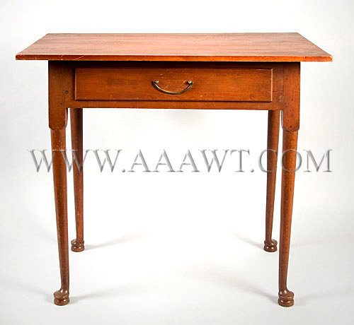 Queen Anne Table New England Circa 1780, entire view