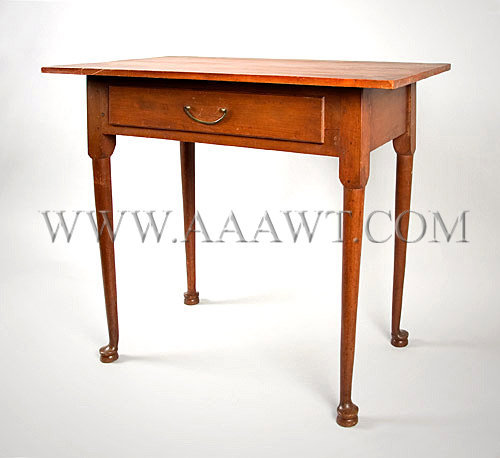 Queen Anne Table New England Circa 1780, angle view