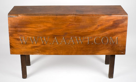 Chippendale Drop-Leaf-Table New England Mahogany, entire view