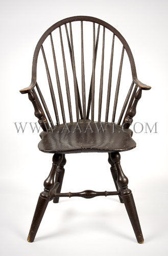 Continuous-Arm Brace-Back Windsor Chair