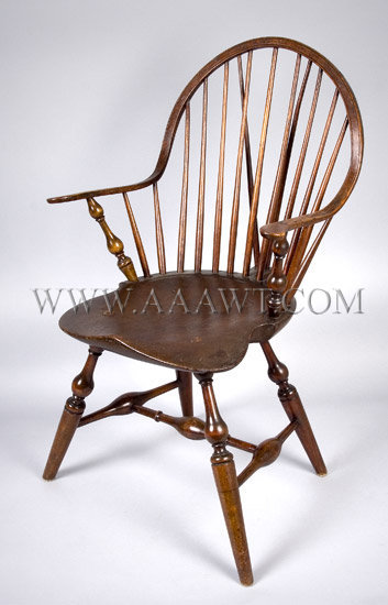 Signed Windsor Continuous Armchair David Coutoung New York State, angle view