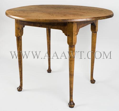 Tea Table, Queen Anne Rhode Island Circa 1740 to 1780, angle view