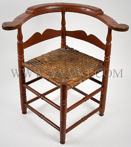 Rhode Island Round-About Chair in Red Paint Circa 1750, angle view