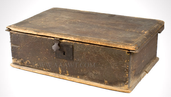 Bible Box, Tabletop Box, Scratch Carved, Spanish Brown  Glastonbury, Connecticut  Circa 1690 to 1710, entire view