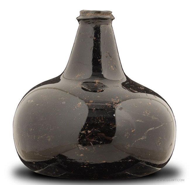 Antique English Onion Form Wine Bottle with String Lip, Circa 1690, entire view