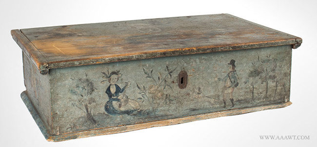 Antique Table Top Box in Original Blue Paint and Paint Decoration, 1805, angle view