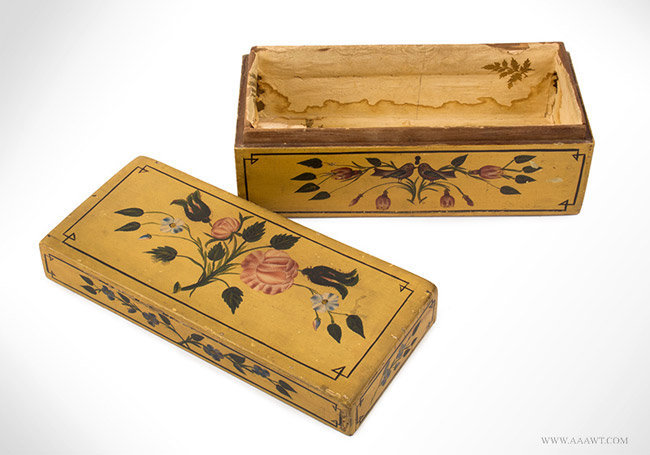 Antique Hand Painted Dresser Box with Original Decoration, 19th Century, open view