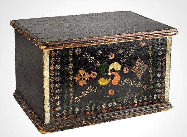 Trunk, Box with Original Painted Decoration Pennsylvania Early 19th Century, entire view