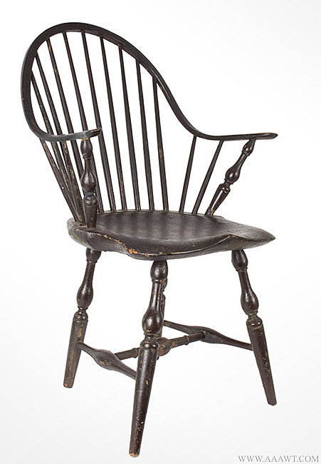 Antique Continuous Arm Windsor Chair, Rhode Island, Circa 1780, angle view - Antique Furniture_Chairs, Early, Country, Pilgrim, American