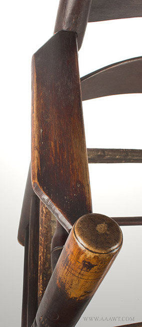 Antique Pilgrim Great Chair with Four Arched Slats in Great Old Surface, Circa 1680, arm detail