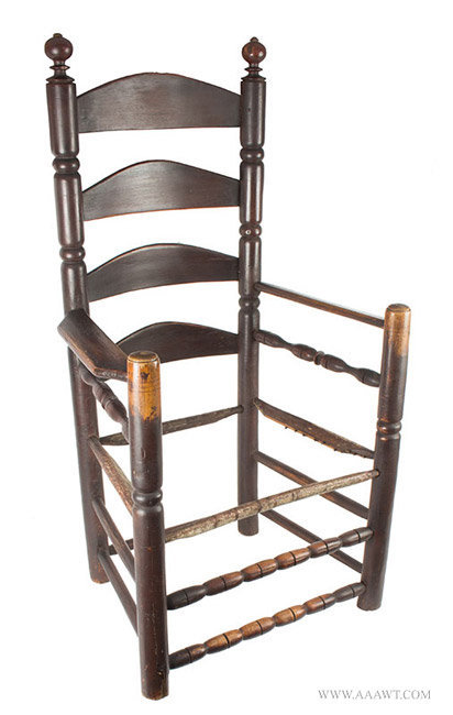 Antique Pilgrim Great Chair with Four Arched Slats in Great Old Surface, Circa 1680, angle view