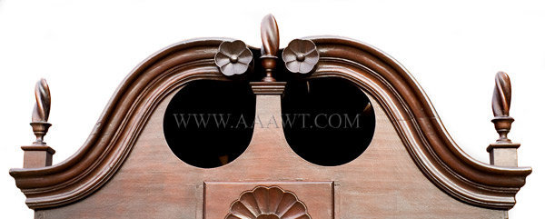 Antique Queen Anne Bonnet Top Highboy, Connecticut, Circa 1770, bonnet detail