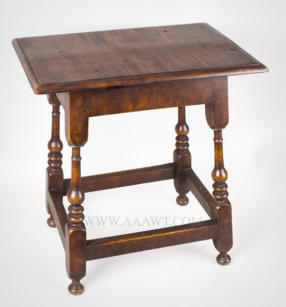 Joint Stool, Newport, Rhode Island 1710 to 1740, entire view