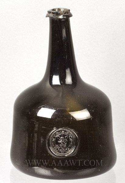 Blown Wine Bottle, Mallet Bottle, Armorial Seal, Rampant Lion, Full Gloss  England  1730, entire view