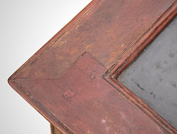 Antique Chippendale Slate Top Mixing Table in Original Red Surface, 18th Century, top corner detail