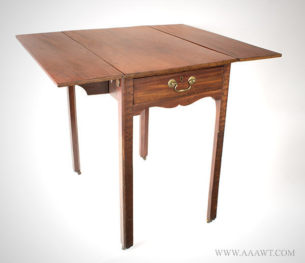 Pembroke Table, Georgian Mahogany Drop Leaf Table on Square Legs England, Circa 1790 to 1805ish, angle view